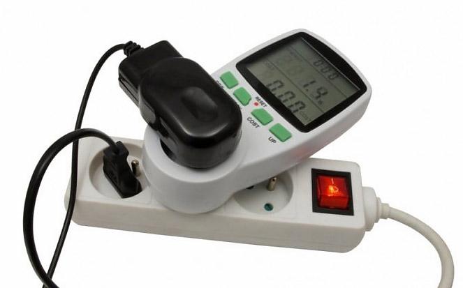miernik zużycia energii URZ0665 watomierz